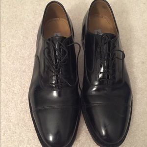 Johnston & Murphy Black Leather Shoes